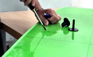 [How to install a Plug on a Bodyboard]
